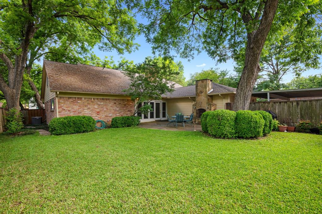 9525 Spring Branch  Drive, Dallas, Texas 75238 - acquisto real estate best realtor dfw jody daley liberty high school realtor