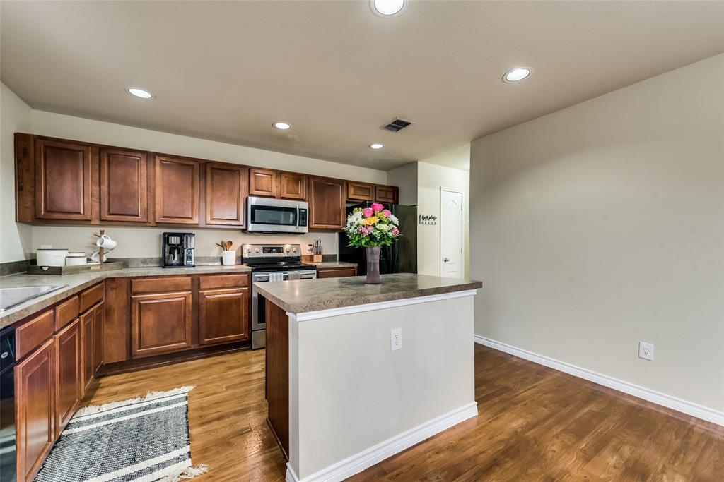 1306 Foster  Street, Cedar Hill, Texas 75104 - acquisto real estate best style realtor kim miller best real estate reviews dfw