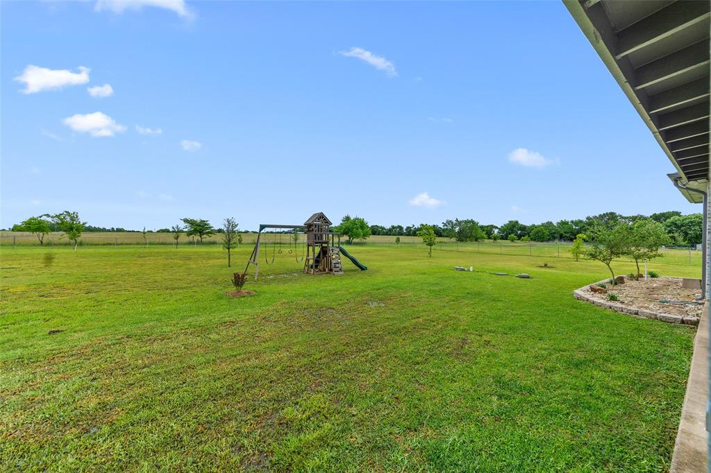 444 Rene  Lane, Gunter, Texas 75058 - acquisto real estate best photos for luxury listings amy gasperini quick sale real estate