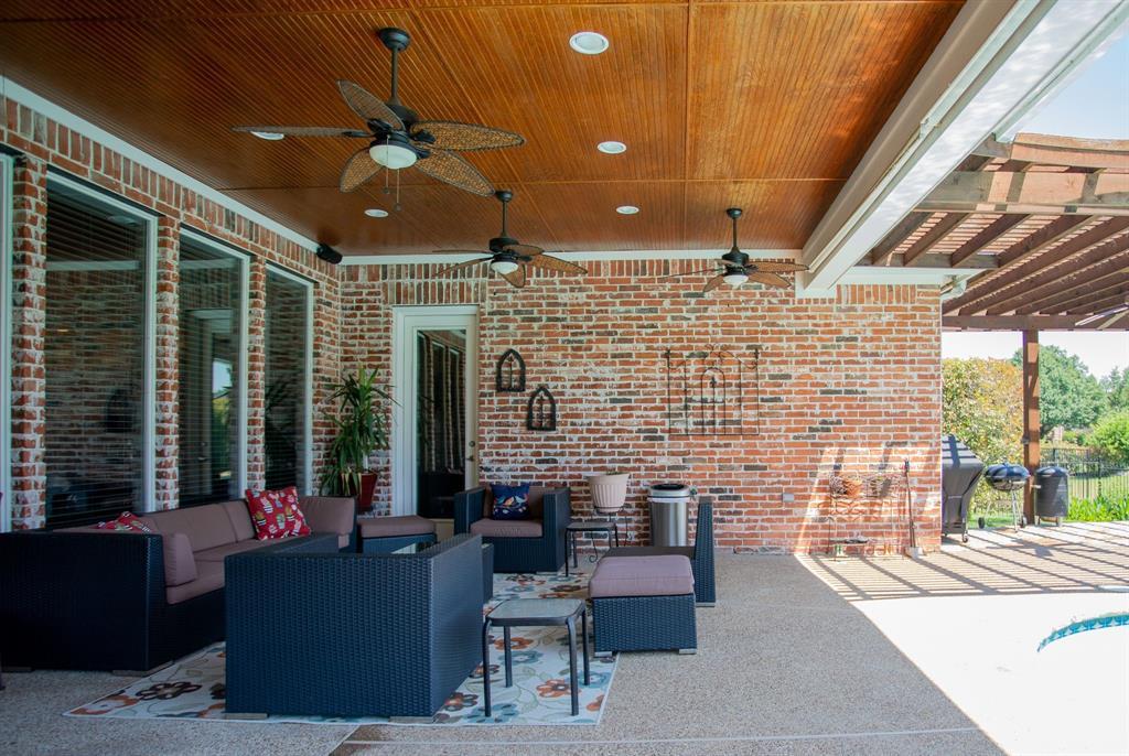 8406 Bridgewater  Rowlett, Texas 75088 - acquisto real estate best negotiating realtor linda miller declutter realtor