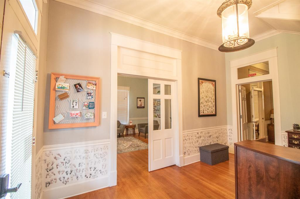421 Bonner  Avenue, Tyler, Texas 75702 - acquisto real estate best real estate company in frisco texas real estate showings