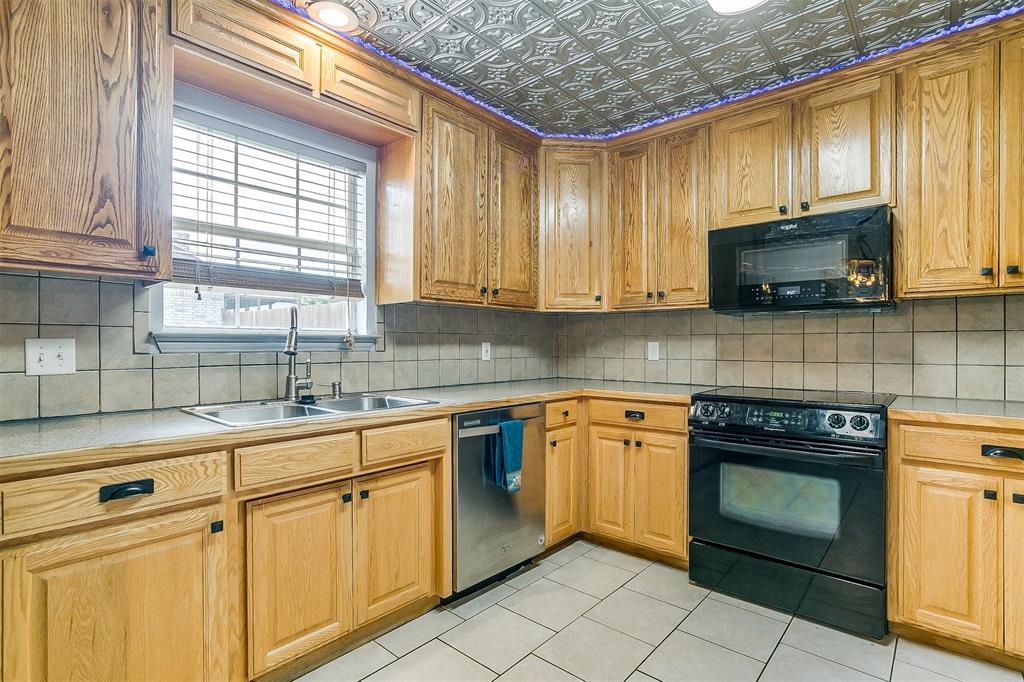 1107 6th  Street, Springtown, Texas 76082 - acquisto real estate best luxury buyers agent in texas shana acquisto inheritance realtor