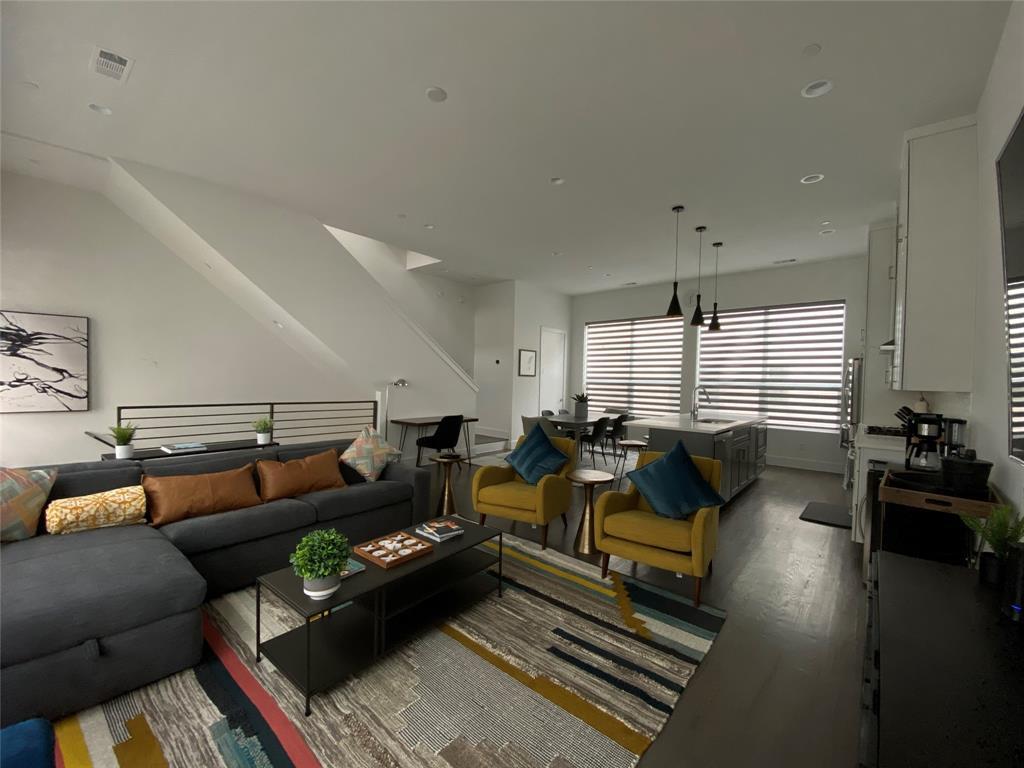 2226 Garrett  Avenue, Dallas, Texas 75206 - acquisto real estate best prosper realtor susan cancemi windfarms realtor