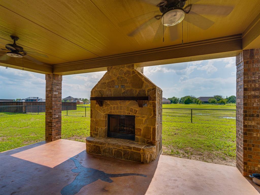 825 Broadhead  Road, Waxahachie, Texas 75165 - acquisto real estate best the colony realtor linda miller the bridges real estate