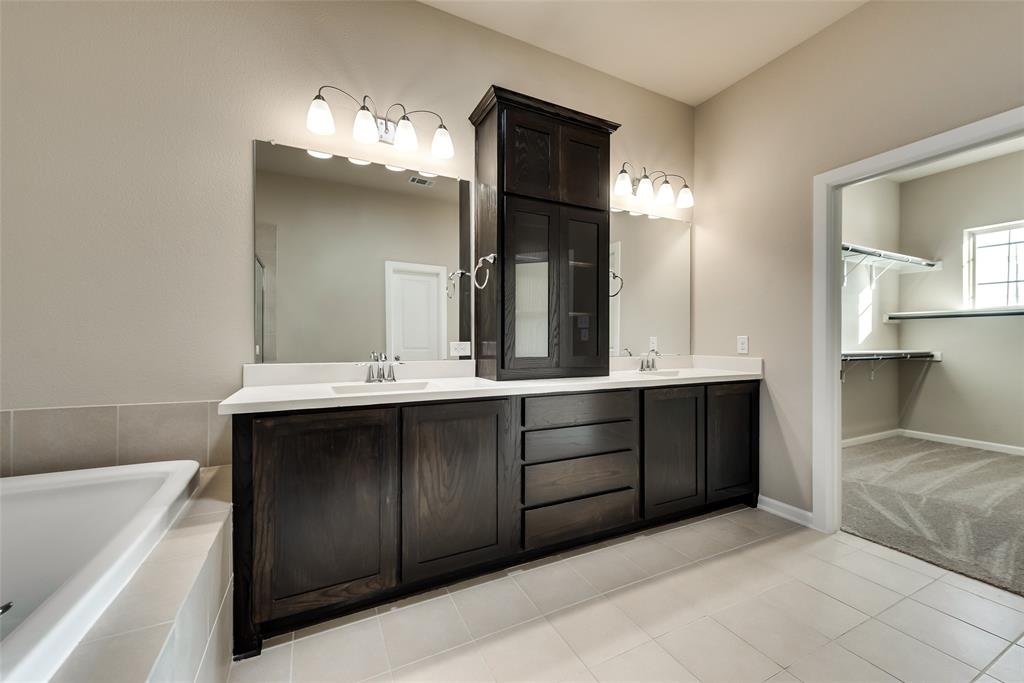 6827 Prompton  Bend, Irving, Texas 75063 - acquisto real estate best designer and realtor hannah ewing kind realtor