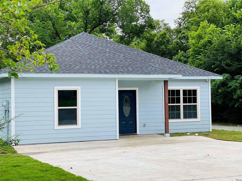 1227 Branch  Street, Sherman, Texas 75090 - Acquisto Real Estate best plano realtor mike Shepherd home owners association expert