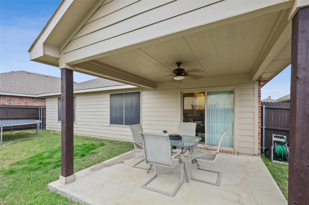 1432 Castlegar  Lane, Fort Worth, Texas 76247 - acquisto real estate nicest realtor in america shana acquisto