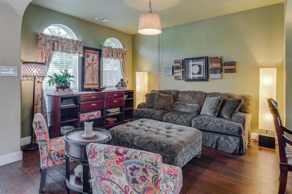 947 Yucca  Court, Burleson, Texas 76028 - acquisto real estate best allen realtor kim miller hunters creek expert