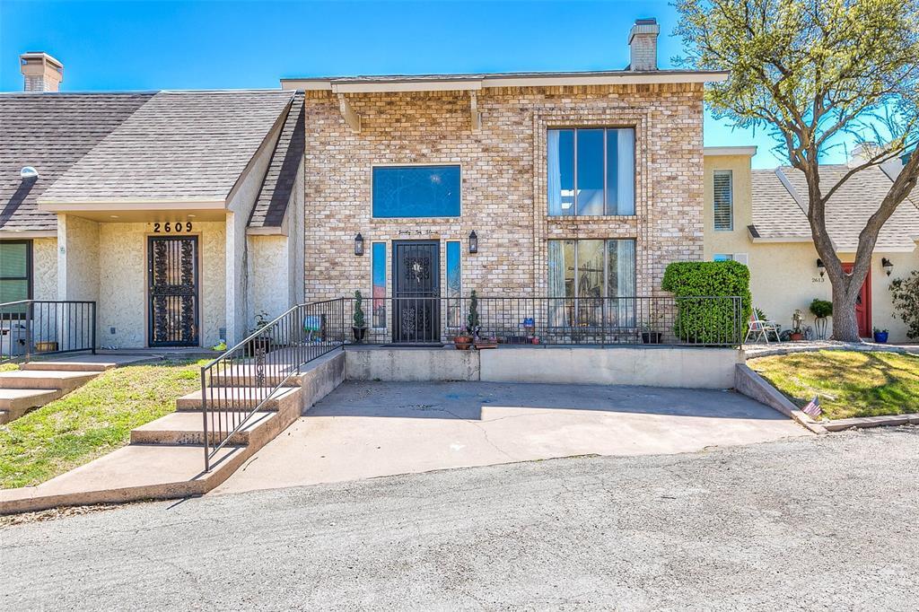 2611 Queens  Court, San Angelo, Texas 76904 - Acquisto Real Estate best frisco realtor Amy Gasperini 1031 exchange expert