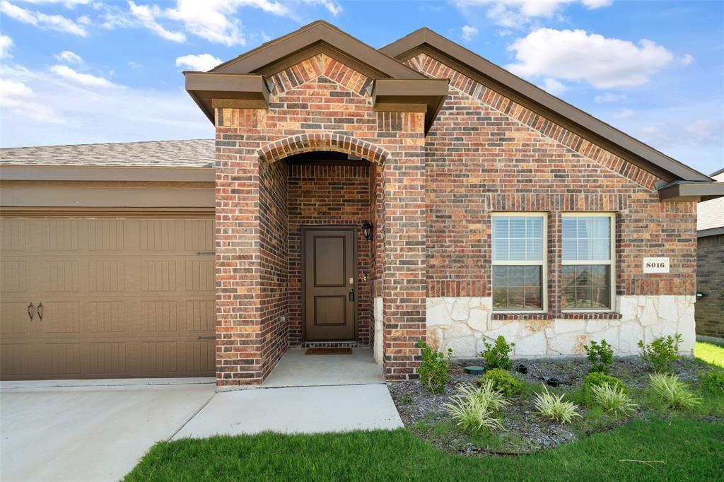 8016 Gallup  Avenue, Aubrey, Texas 76227 - acquisto real estate best allen realtor kim miller hunters creek expert