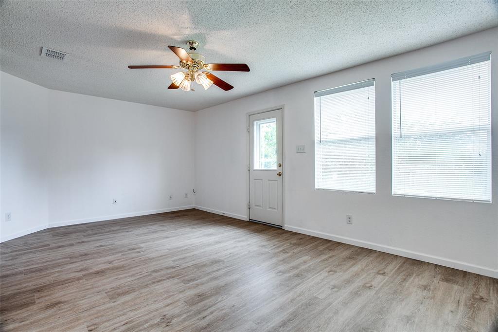 1106 Schenectady  Road, Arlington, Texas 76017 - acquisto real estate best designer and realtor hannah ewing kind realtor