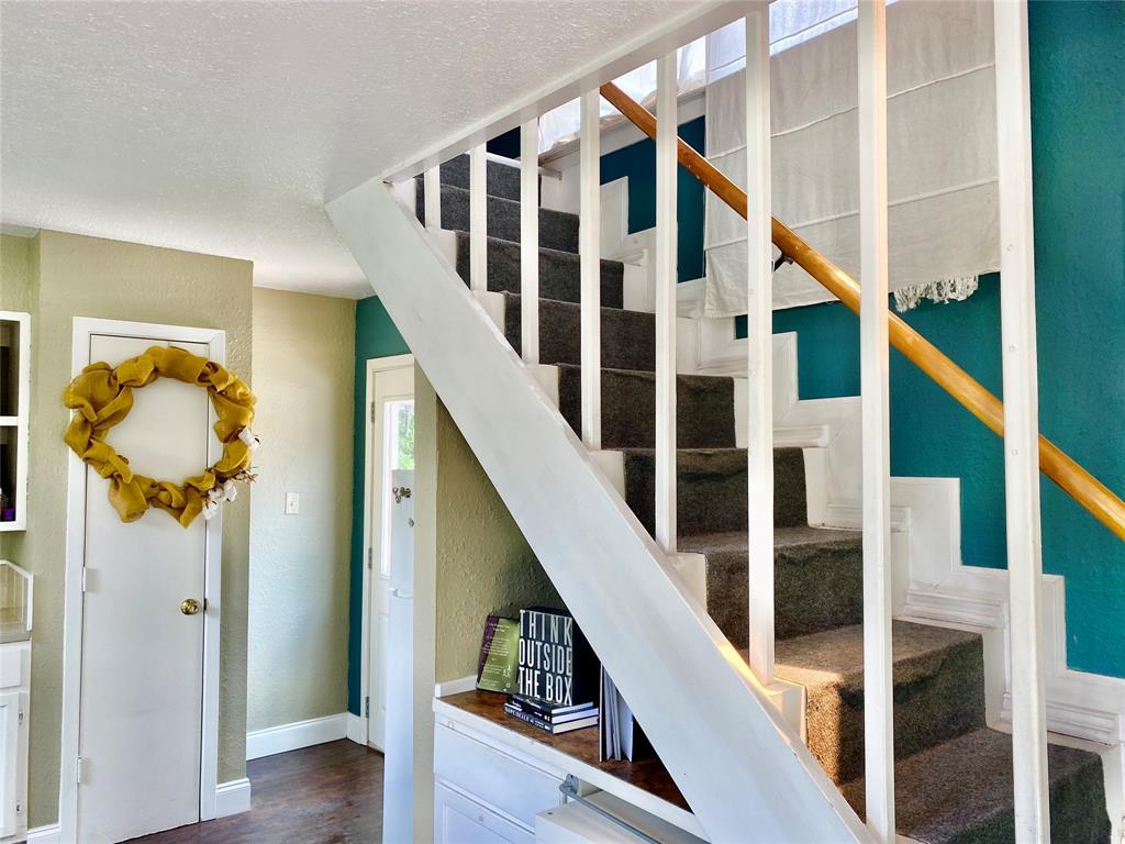 136 Umphress  Street, Van Alstyne, Texas 75495 - acquisto real estate best listing photos hannah ewing mckinney real estate expert