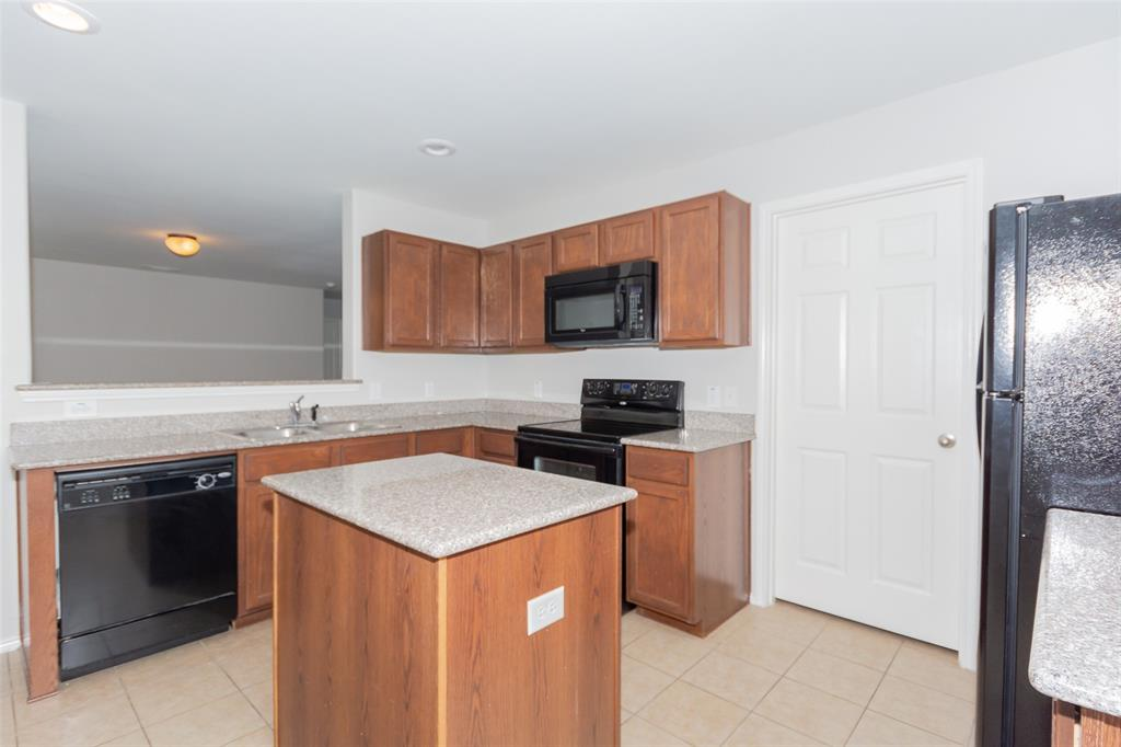 812 Becard  Drive, Aubrey, Texas 76227 - acquisto real estate best celina realtor logan lawrence best dressed realtor