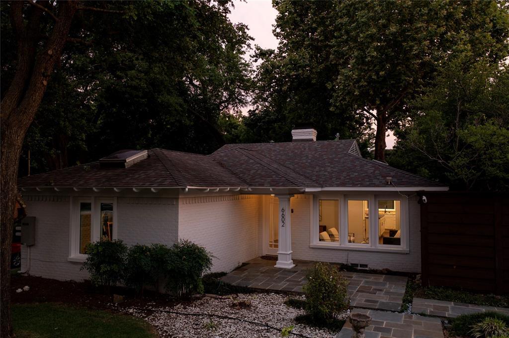 6602 Yosemite  Lane, Dallas, Texas 75214 - acquisto real estate best luxury home specialist shana acquisto
