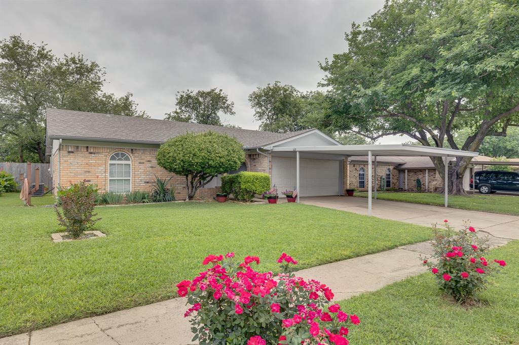 6612 Betty  Drive, Watauga, Texas 76148 - Acquisto Real Estate best plano realtor mike Shepherd home owners association expert