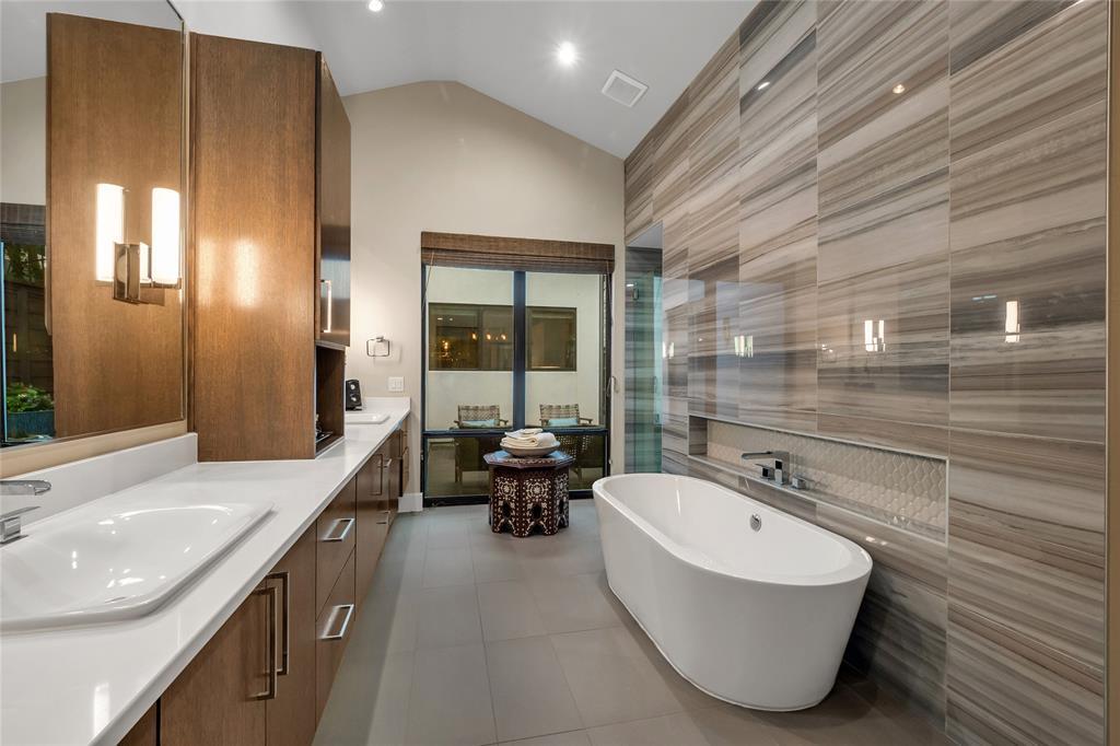 4047 Lomita  Lane, Dallas, Texas 75220 - acquisto real estate best realtor foreclosure real estate mike shepeherd walnut grove realtor