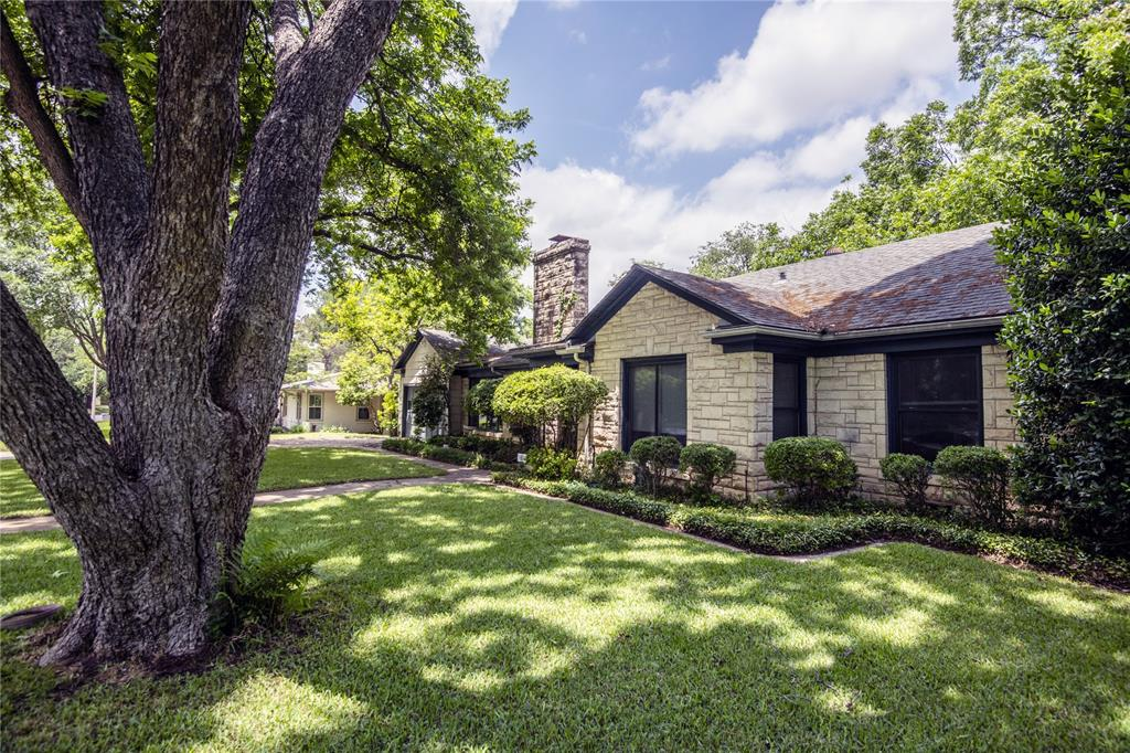 3808 Hills  Circle, Fort Worth, Texas 76109 - acquisto real estate best photos for luxury listings amy gasperini quick sale real estate