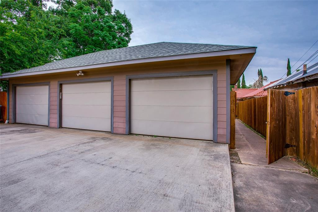 1011 Madison  Avenue, Dallas, Texas 75208 - acquisto real estate best plano real estate agent mike shepherd