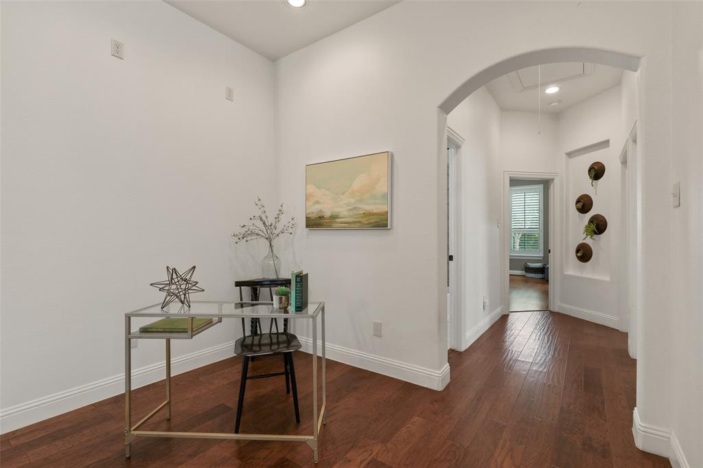 9516 National Pines  Drive, McKinney, Texas 75072 - acquisto real estate best celina realtor logan lawrence best dressed realtor