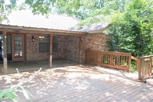 3422 Malibu  Court, Arlington, Texas 76017 - acquisto real estate best plano real estate agent mike shepherd