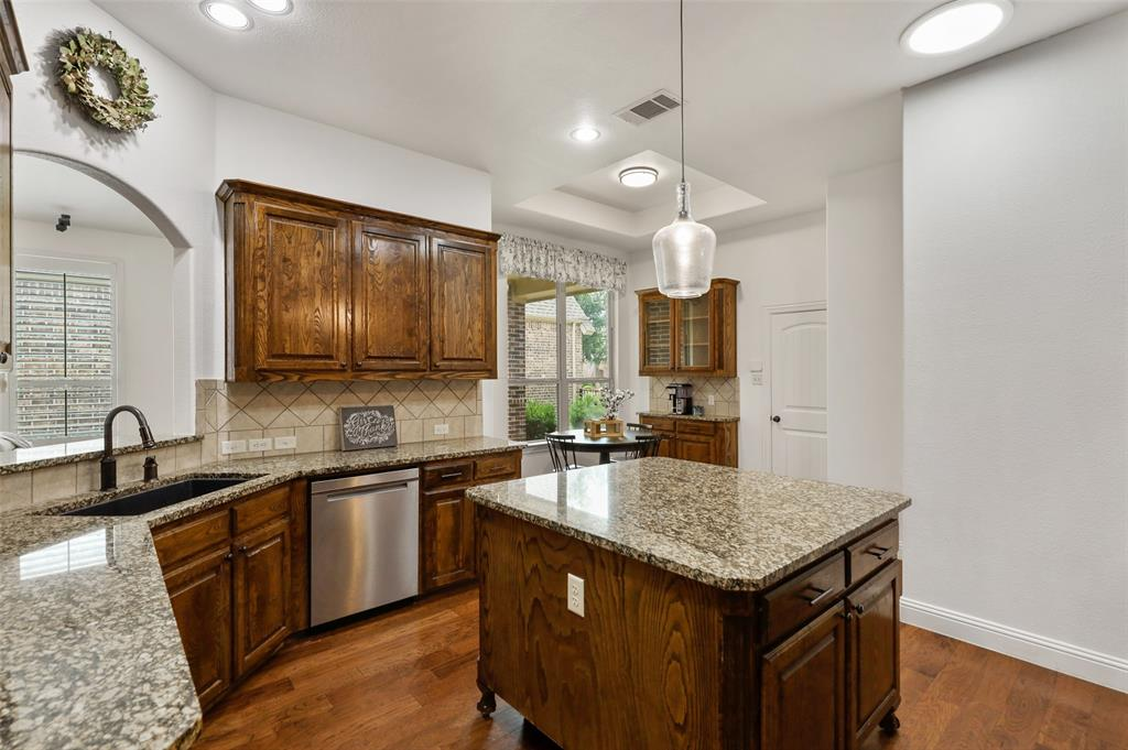 9516 National Pines  Drive, McKinney, Texas 75072 - acquisto real estate best highland park realtor amy gasperini fast real estate service
