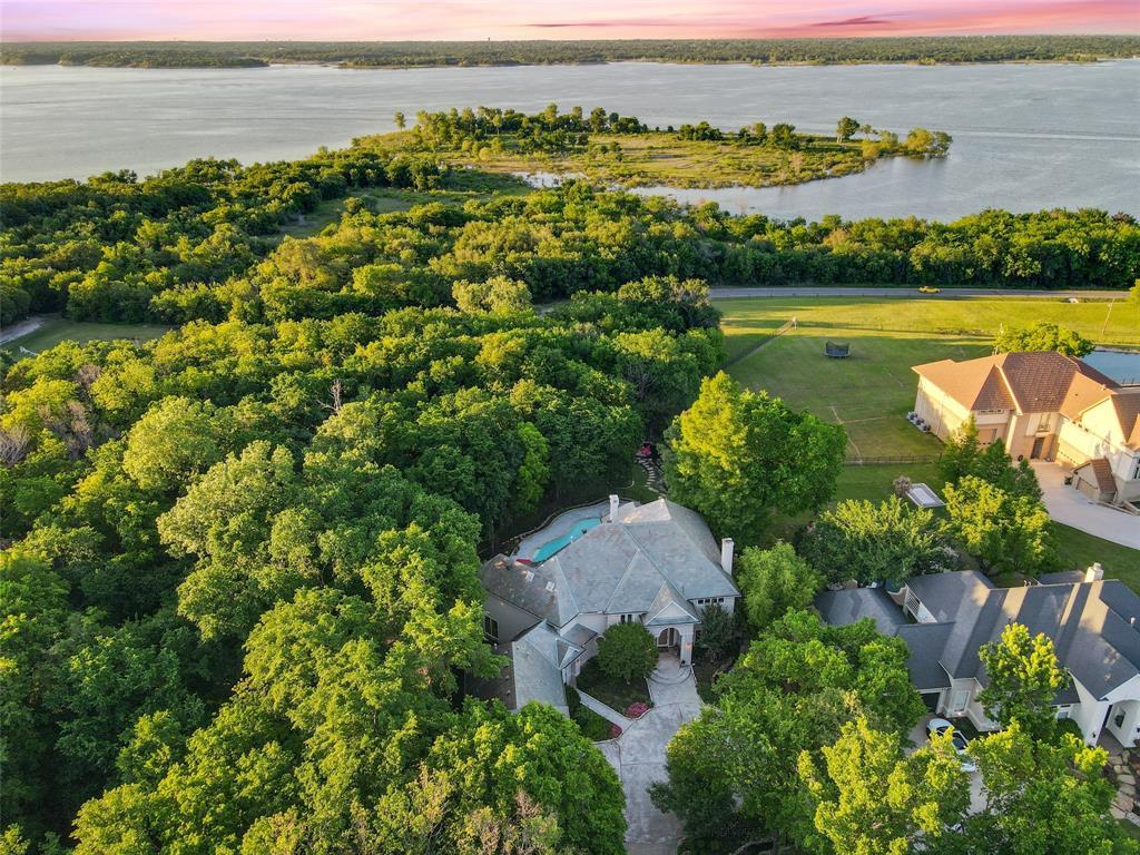2224 Lakeridge  Drive, Grapevine, Texas 76051 - Acquisto Real Estate best plano realtor mike Shepherd home owners association expert