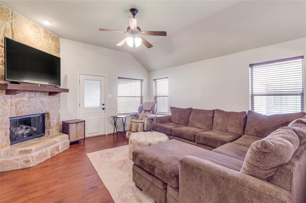 729 Sendero  Drive, Arlington, Texas 76002 - acquisto real estate best listing agent in the nation shana acquisto estate realtor