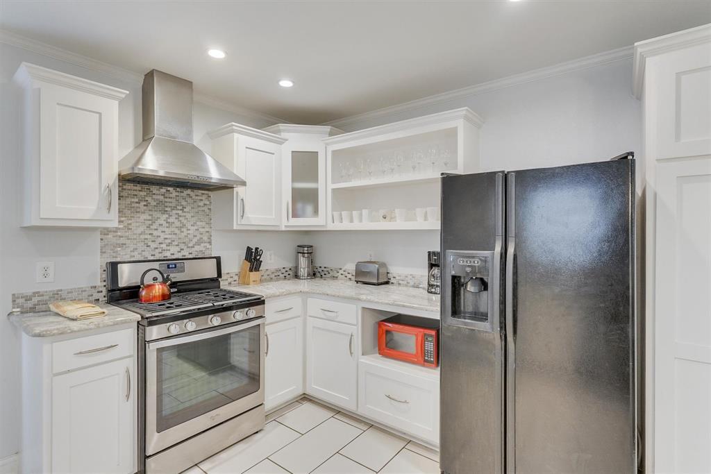 2423 Wentworth  Street, Dallas, Texas 75211 - acquisto real estate best designer and realtor hannah ewing kind realtor