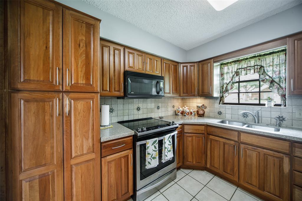 210 Mesa  Drive, Sunnyvale, Texas 75182 - acquisto real estate best luxury buyers agent in texas shana acquisto inheritance realtor