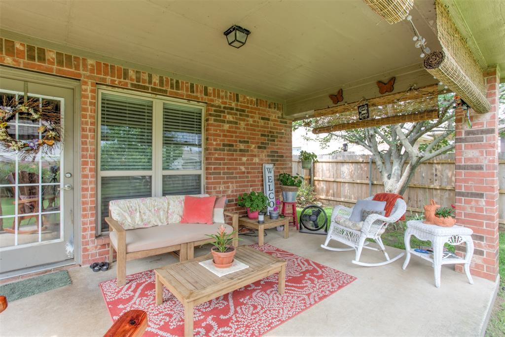 509 Kriston  Drive, Azle, Texas 76020 - acquisto real estate best negotiating realtor linda miller declutter realtor