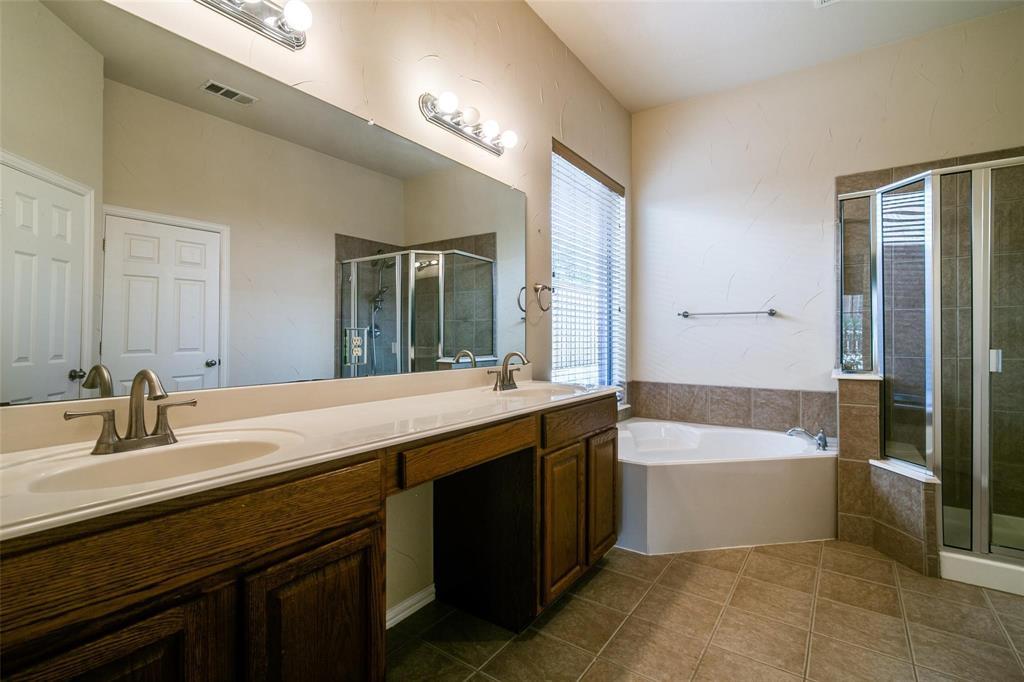 1350 Scarboro Hills  Lane, Rockwall, Texas 75087 - acquisto real estate best new home sales realtor linda miller executor real estate