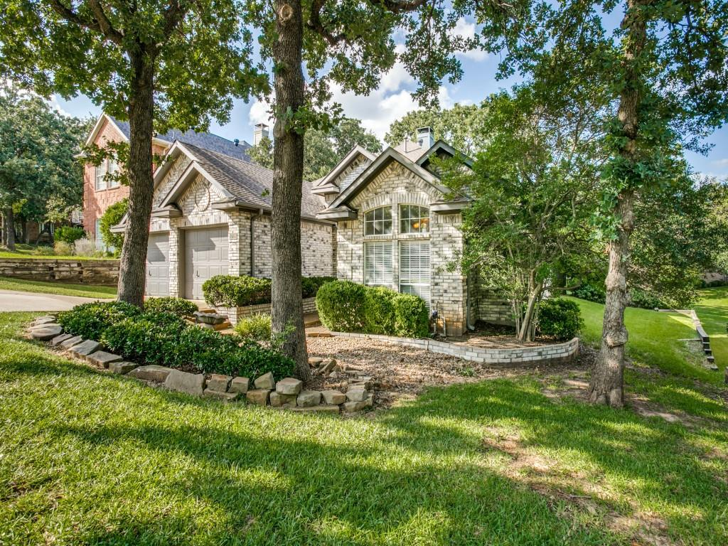 2755 Fernwood  Drive, Highland Village, Texas 75077 - Acquisto Real Estate best plano realtor mike Shepherd home owners association expert