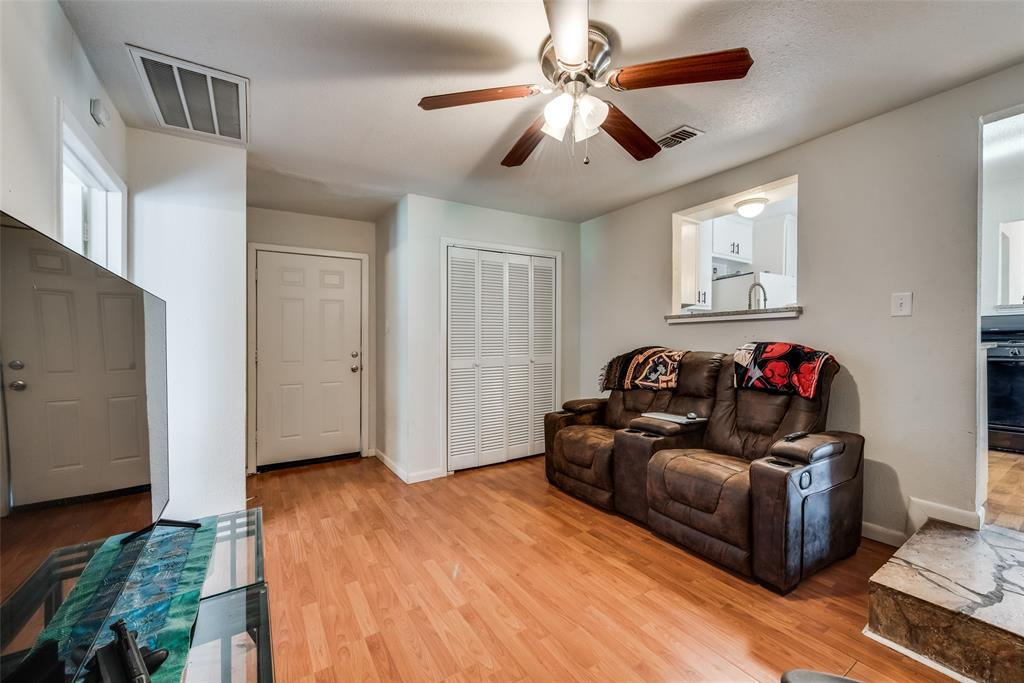 5020 Thurston  Road, River Oaks, Texas 76114 - acquisto real estate best investor home specialist mike shepherd relocation expert