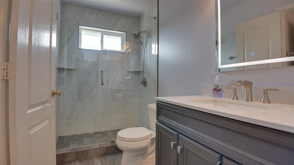 135 Sherwood  Drive, Murphy, Texas 75094 - acquisto real estate best luxury home specialist shana acquisto