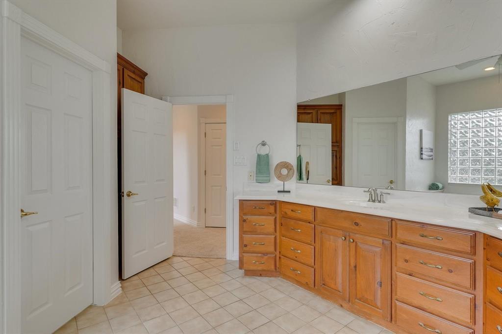 100 Maple Leaf  Double Oak, Texas 75077 - acquisto real estate best realtor foreclosure real estate mike shepeherd walnut grove realtor