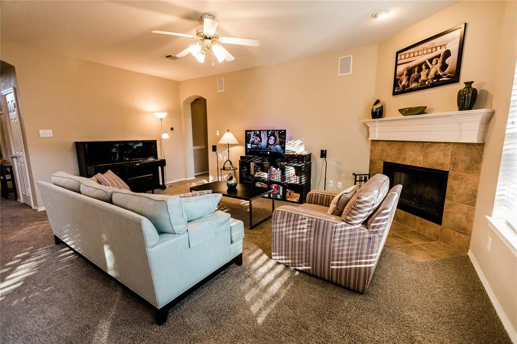 1203 Wentwood  Drive, Corinth, Texas 76210 - acquisto real estate best listing agent in the nation shana acquisto estate realtor
