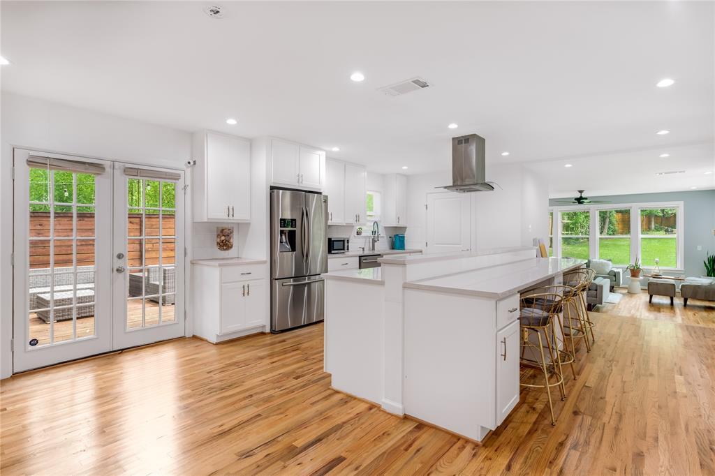 3008 Coombs Creek  Drive, Dallas, Texas 75233 - acquisto real estate best prosper realtor susan cancemi windfarms realtor