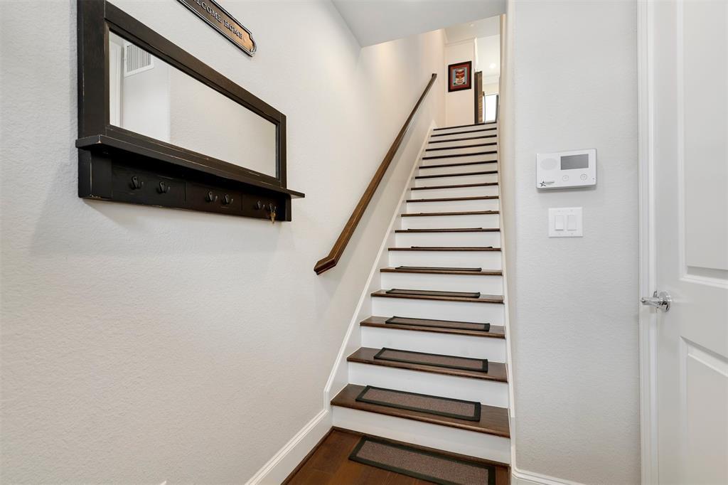 7333 Valley View  Lane, Dallas, Texas 75240 - acquisto real estate best prosper realtor susan cancemi windfarms realtor
