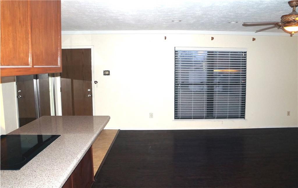 7404 Sandhurst  Lane, North Richland Hills, Texas 76182 - acquisto real estate best allen realtor kim miller hunters creek expert