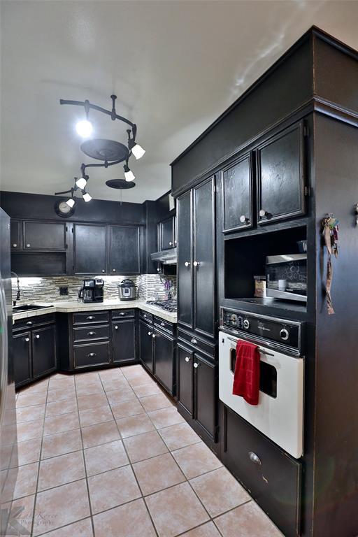 3916 Laurel  Drive, Abilene, Texas 79603 - acquisto real estate best new home sales realtor linda miller executor real estate