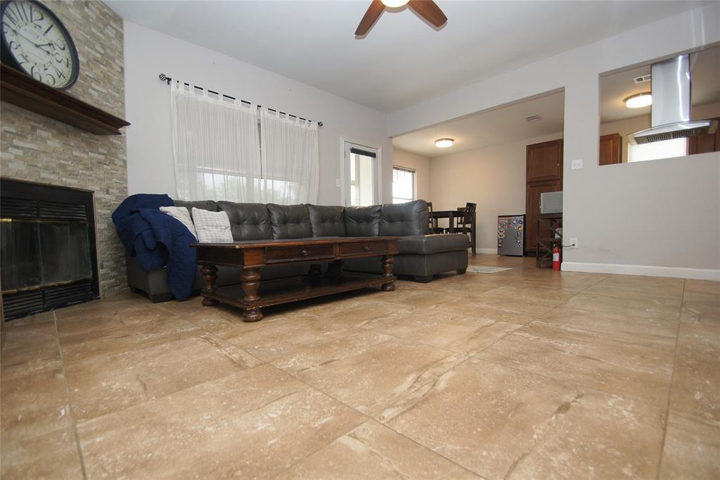 1027 Flower  Drive, Arlington, Texas 76017 - acquisto real estate best prosper realtor susan cancemi windfarms realtor
