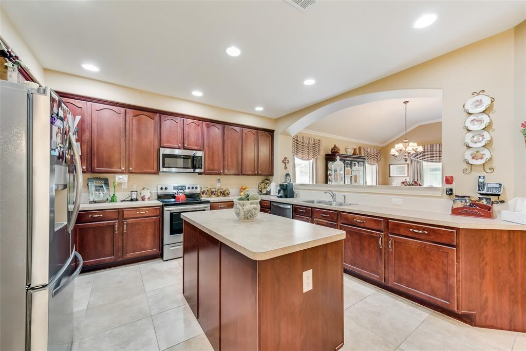 8917 Crestview  Drive, Denton, Texas 76207 - acquisto real estate best listing agent in the nation shana acquisto estate realtor
