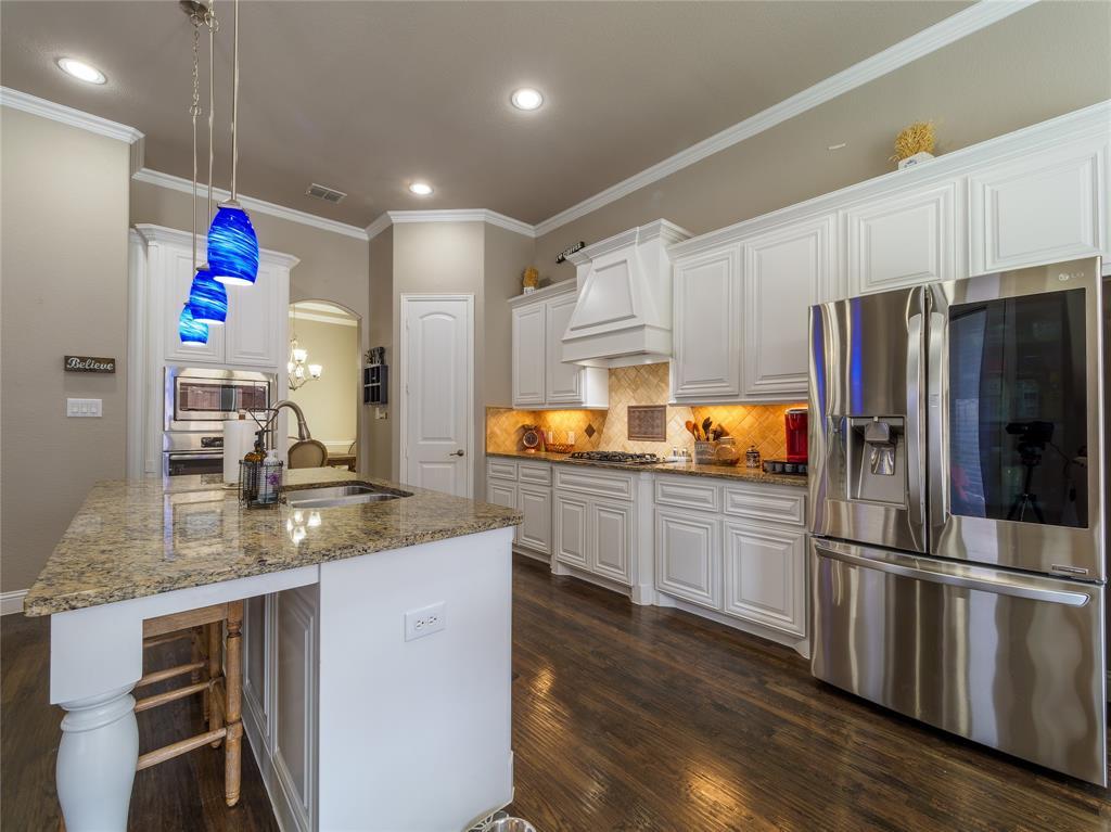 1120 Circle J  Trail, Prosper, Texas 75078 - acquisto real estate best celina realtor logan lawrence best dressed realtor