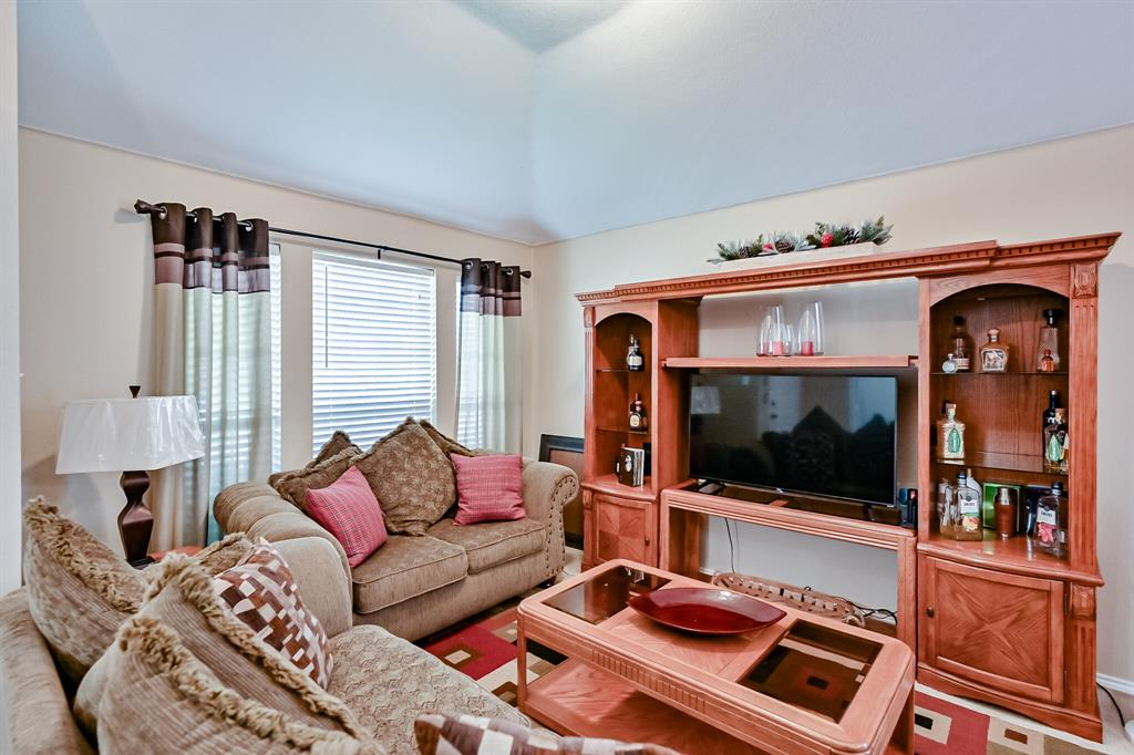 7002 Snowy Owl  Street, Arlington, Texas 76002 - acquisto real estate best listing listing agent in texas shana acquisto rich person realtor
