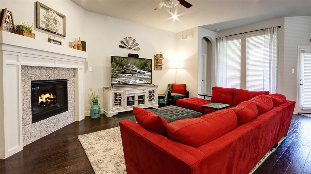 604 Forefront  Avenue, Celina, Texas 75009 - acquisto real estate best celina realtor logan lawrence best dressed realtor