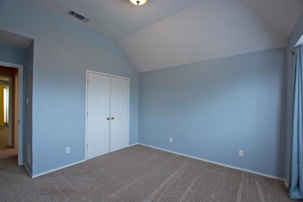 1701 Hill Creek  Drive, Garland, Texas 75043 - acquisto real estate mvp award real estate logan lawrence