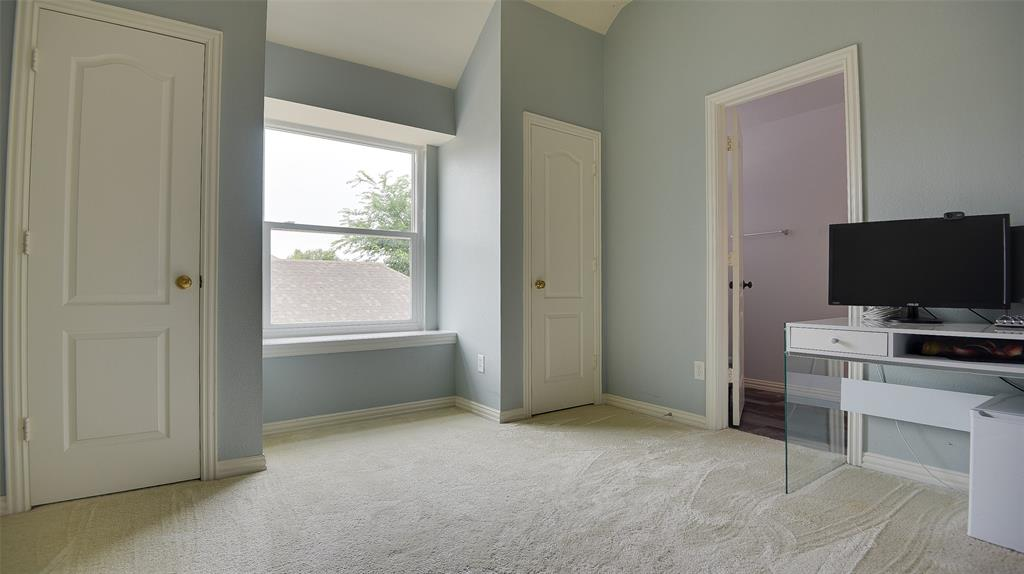 135 Sherwood  Drive, Murphy, Texas 75094 - acquisto real estate best relocation company in america katy mcgillen