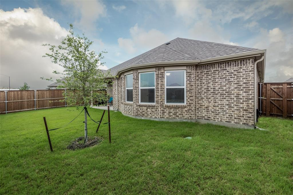 5900 Coppermill  Road, Fort Worth, Texas 76137 - acquisto real estate mvp award real estate logan lawrence