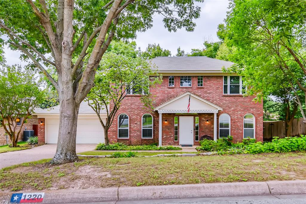 1220 Trinity  Drive, Benbrook, Texas 76126 - Acquisto Real Estate best plano realtor mike Shepherd home owners association expert