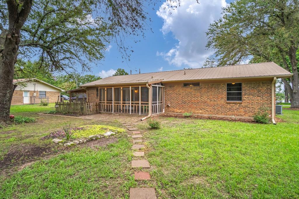 711 Water Crest  Circle, Canton, Texas 75103 - acquisto real estate best photo company frisco 3d listings